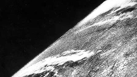 Первый снимок из космоса 1946г.