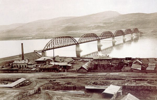 Железнодорожный мост через Енисей (Красноярск), Енисейский мост: фотография конца XIX – начала XX вв.