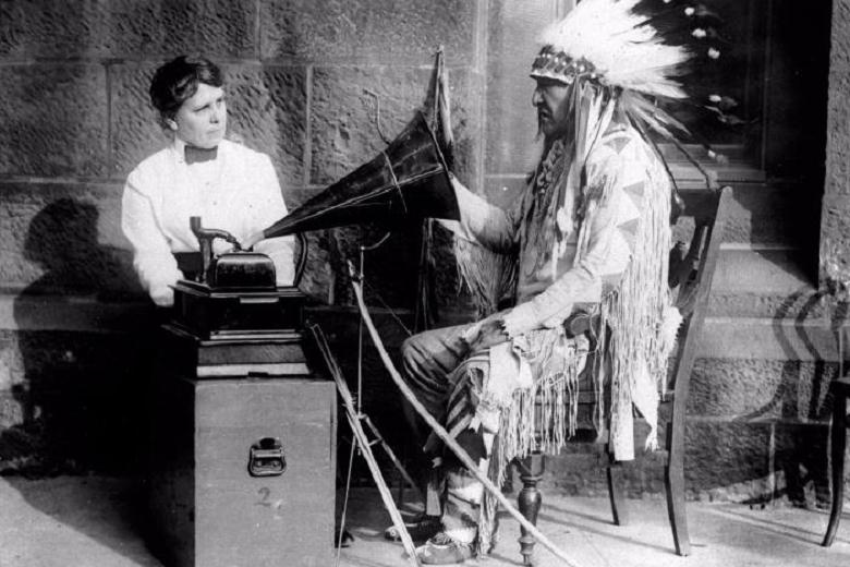 recording the voice of indian chief, Запись голоса индейского вождя